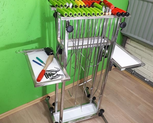 Werkzeughalter mit Ausbeulwerkzeug
